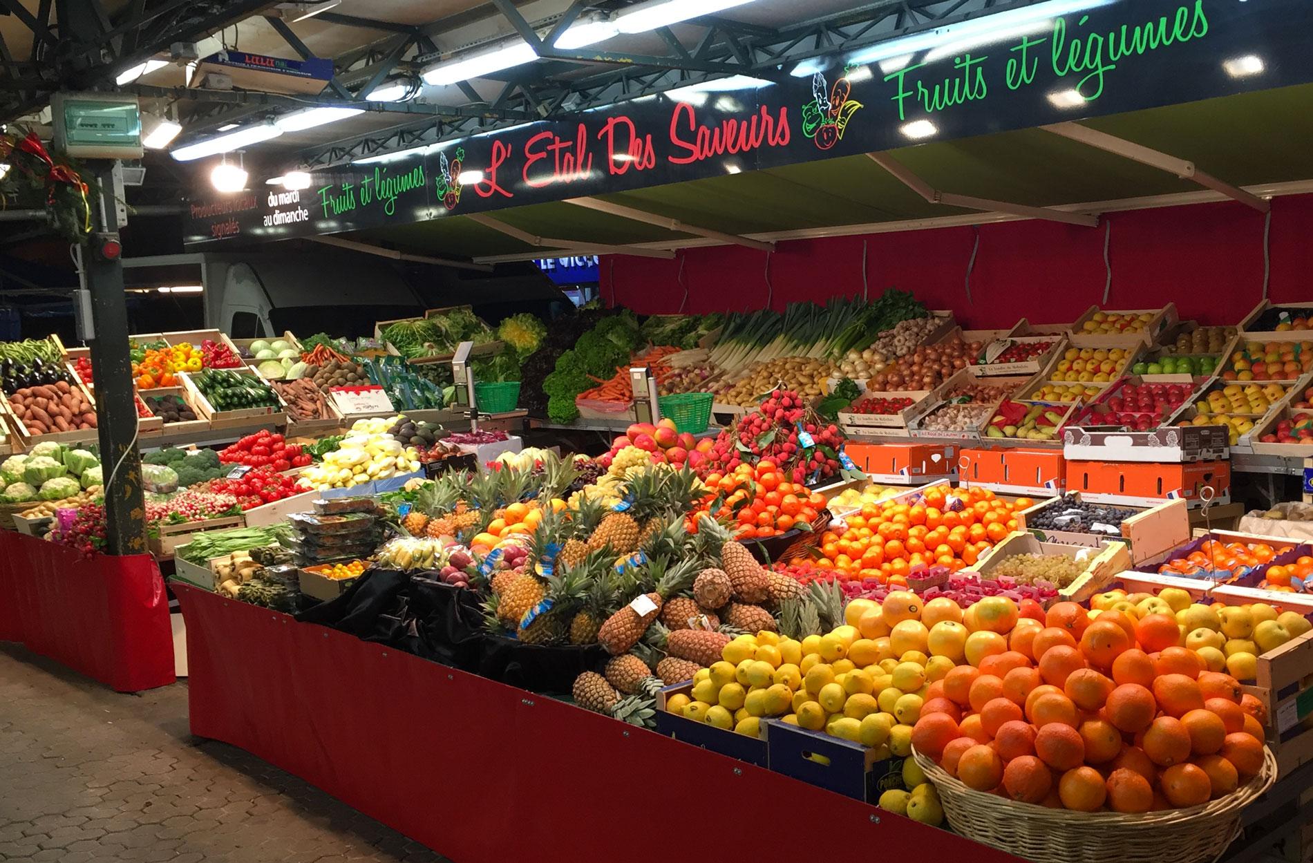 Stand fruits et légumes de l'Etal des Saveurs - Primeur Angoulême